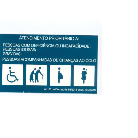 Placa gravada Atendimento prioritario